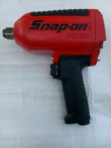 Snap On 3 4 Drive Heavy Duty Pneumatic Air Impact Wrench Mg1200
