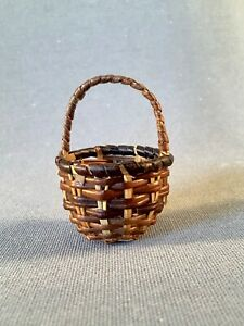 Vintage Primitive Miniature Handmade Wood Needle Gathering Basket