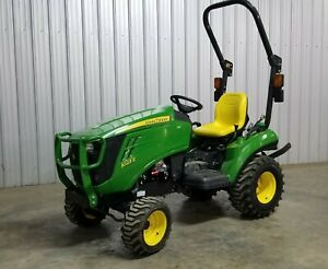 24 Hp John Deere 1023e Compact 4wd Tractor Mower 4x4 Hst Ie 1026r