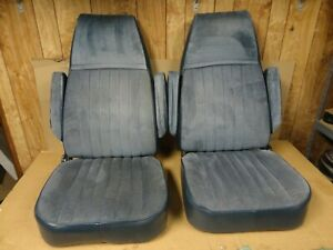 81 87 Chevy Square Body Suburban Pickup Factory Bucket Seats Captain Chair Truck