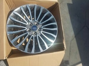 2017 2018ford Fusion Machined 18 Inch Oem Wheel