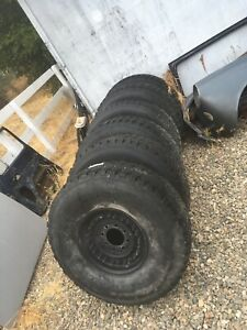 Military Humvee Hmmwv Beadlock Wheels With Tires 37x12 5r16 5 Goodyear Wrangler