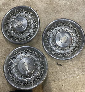 1 15 Cadillac Fleetwood Brougham Wire Spoke Hubcap Wheel Cover Oem 75 79