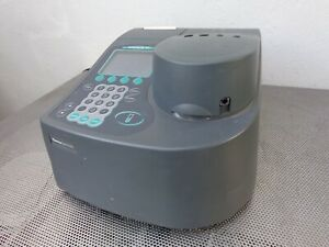 Thermo Spectronic Genesys 10uv Spectrophotometer 10 s