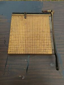 Vtg Ingento Cutting Board Paper Cutter No 4 With 12 Blade And Cast Iron Handle
