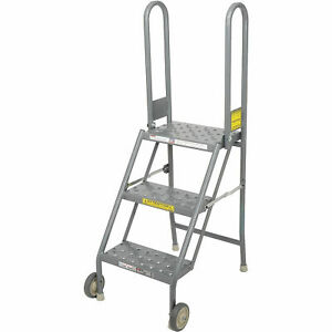 Tri Arc Kdmf103166 3 Step Folding Rolling Ladder Stand Perforated Tread