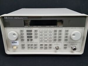 Hp_8648d Synthesized Rf Signal Generator 9 Khz To 4000 Mhz 0591