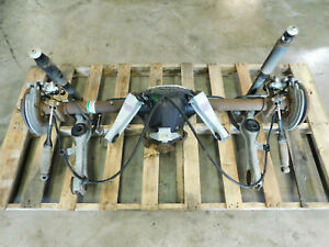 99 00 01 02 03 04 Ford Mustang V8 8 8 Rearend Axle Assembly 3 27 Gear I90