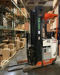 Nissan Or40 0r40 Narrow Aisle Forklift Reach Truck Stand Up