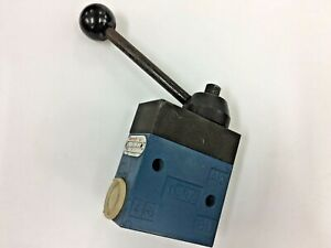 Rexroth 3630090000 Lever Operated Pneumatic Directional Control Valve