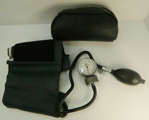 Tycos Pre calibrated Adult Cuff Aneriod Sphygmomanometer Blood Pressure Vtg