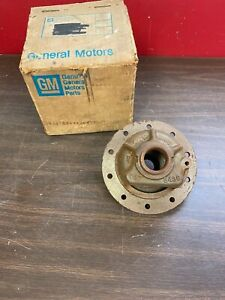1965 1972 Chevy 8 2 10 Bolt Rear End Differential Carrier Case Nos Gm 920