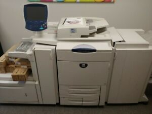 Commercial Color Copier Xerox Docucolor 252 With Hundreds Of Dollars Of Toner