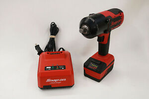 Snap on Ct8850 Cordless Impact Wrench With Charger Battery 1 2 Drive 18v