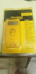 Fluke 7 300 Electrical Tester New In Package