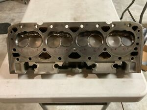 14011034 Small Block Chevy Cylinder Heads 10134392