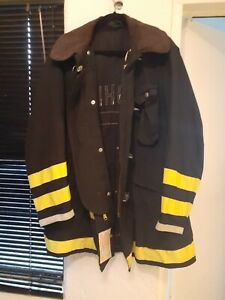 Globe Firefighter Jacket Size 44 35 View Pics Of Specs