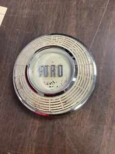 1957 58 Ford Steering Wheel Horn Button Nos 1020