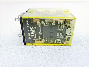 Idec Ru2s d24 Power Relay Dpdt 24 Vdc 10 A Socket Latching new But Loose Item