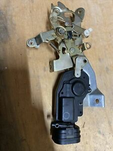 98 02 Land Cruiser Lx470 Trunk Upper Door Lid Control Lock Actuator Assembly