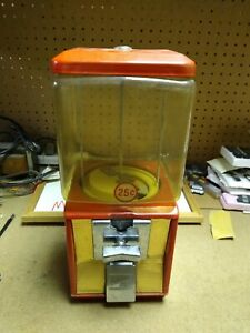 Vintage 25 Cent Northwestern Model 60 Gumball Candy Toy Nut Bulk Vending Machine
