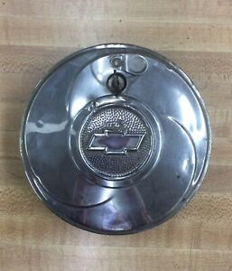 1933 Chevy Master Locking Spare Tire Hubcap Rg42