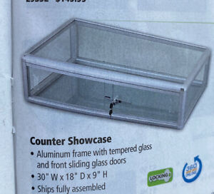 Counter Display Case Aluminum Frame 30 wx18 dx9 h W lock Sliding Doors