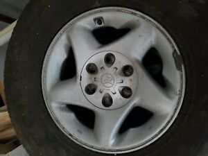 16 Toyota Oem Wheels W Tires p265 75 R16 Set Of 4 Fits Tacoma Forerunner