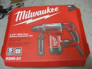Brand New Milwaukee 5268 21 1 1 8 Sds plus Rotary Hammer Corded Kit