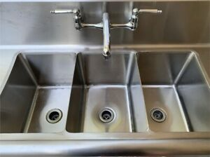 Restaurant Style Industrial Sink 3 Bowl Stainless Steel W Heater And Hand Sink