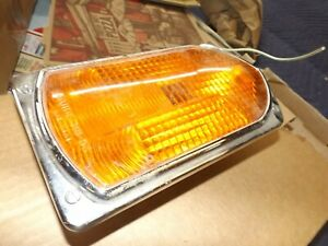 Guide R8 53 Stop Turn Signal Light Fire Truck Nos