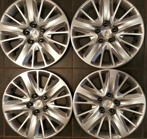 4 Oem 2014 2019 Chevy Impala 18 Hubcaps Wheel Covers 3299 Used Condition