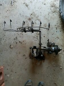 Allis Chalmers 7050 Injector Pump And Fuel Lines