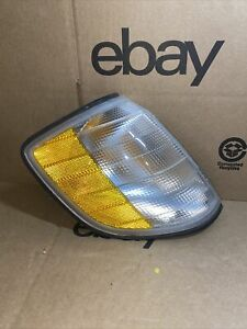 1995 1999 Mercedes Benz S500 S420 S320 S600 Right Turn Signal Light 1305233941