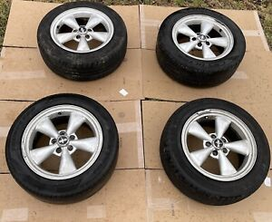 05 09 Oem Ford Mustang 4 Set Wheels Rims With Tires No Shipping Pick Up Only