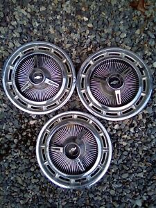 1963 1964 Chevelle Nova Impala Chevy Spinner Wheel Covers Hub Caps