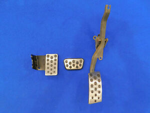 2003 2004 Mustang Mach 1 Auto Automatic Pedal Gas Brake Dead Pedals H04