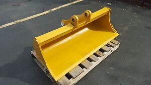 New 48 Ditch Cleaning Bucket For A Caterpillar 305 5