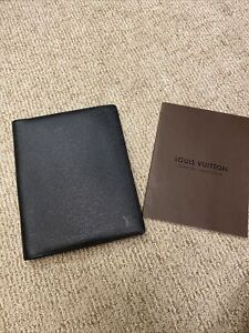 Authentic Louis Vuitton Agenda Cover Taiga Leather Black Day Planner Book Papers