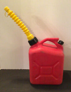 Wedco 1 Gallon Plastic Vented Gas Can With Flex Spout W 100 2