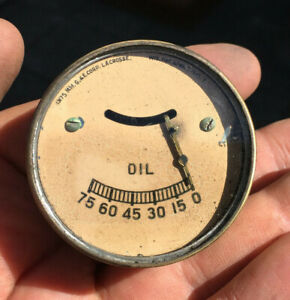 29 30 Overland whippet Willys Vintage Reverse Creme 75 Lbs Oil Pressure Gauge