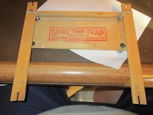 Rare Vintage Eggs Poultry Sure Trip Trap Chicken Catcher Collector Exc