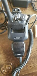 Kenwood Tk 2160 Vhf 5w 16ch Handheld Radio And Charger With Spare Battery