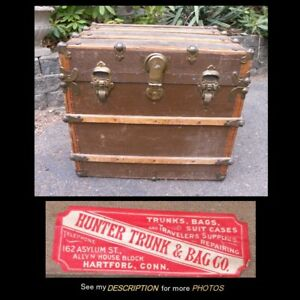 1890 1920 Small Size Steamer Travel Trunk With 2 Keys Hunter Travel Bag Co