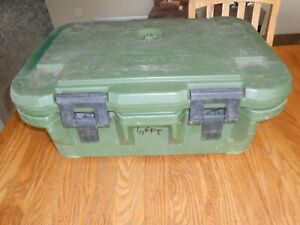 Cambro Upcs160 Food Carrier With Stainless Inserts And Seals