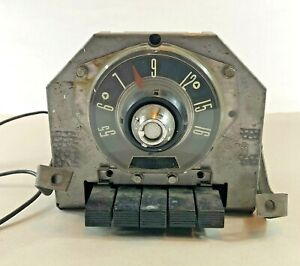 1955 Oem Ford Am Car Radio Push Button Fomoco With Mounting Brackets Powers On