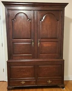 Circa 1800 English Oak Georgian Wardrobe Armoire