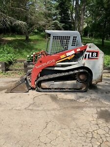 Takeuchi Tl8 only 1700 Hours