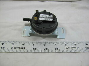 1 New Weil Mclain Pressure Differential Switch 511624401 1 79 Wc Pf