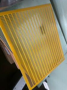 8 Frame Bee Queen Excluder Trapping Net Grid Beekeeping Tool Plastic Equipment